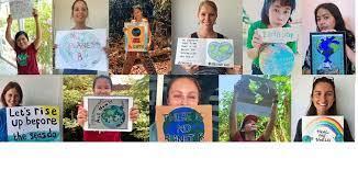 The environmental educators of Traidhos Barge program teaching about sustainability education and environmental education.